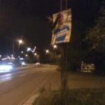 Hanif affischerar Klarastrandsleden