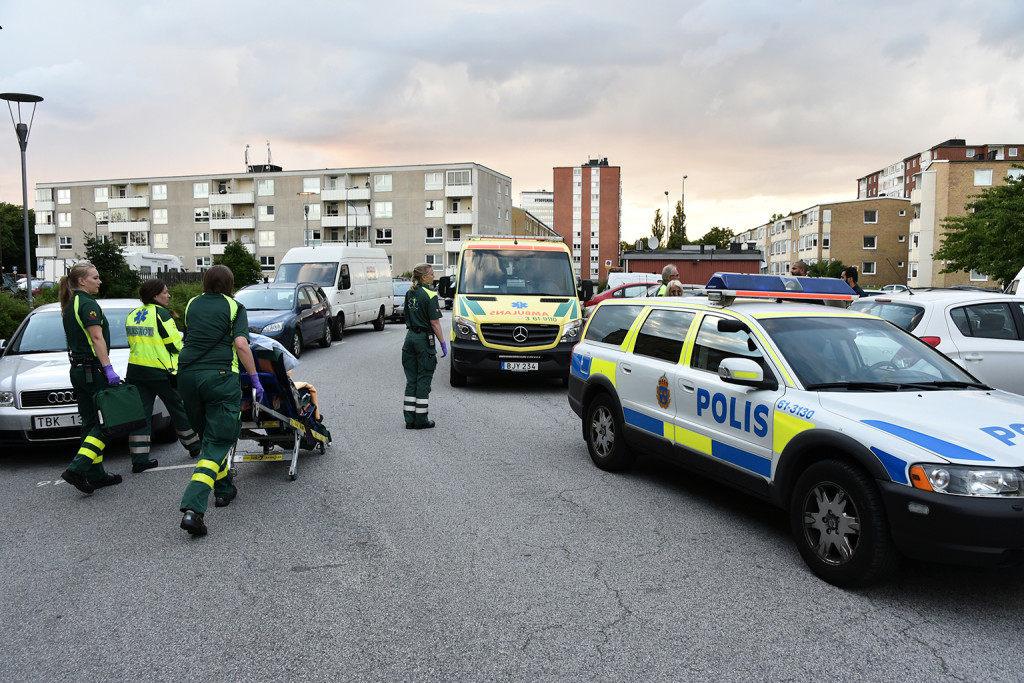 ambulans polis